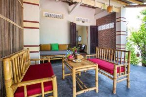 Red Flower cottage Homestay.jpg2