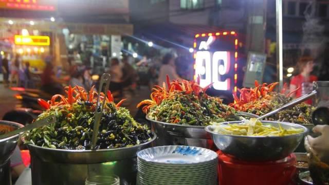 Hít hà với vị ốc cay nồng khó cưỡng tại quán Ốc nổi tiếng Đà Nẵng