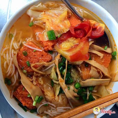 Bún chả cá Hờn – 113/3 Nguyễn Chí Thanh hương vị đậm đà khó quên