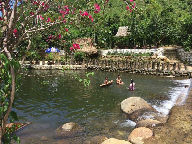 Khu du lịch sinh thái mới toanh với bạt ngàn cây trái tại Đà Nẵng
