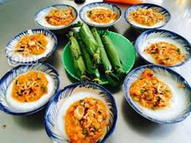 Ghé quán Bánh bèo Bà Bé để thưởng thức món bánh đặc trưng của Đà Nẵng